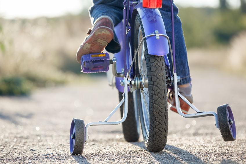 Bicicleta con ruedas de entrenamiento